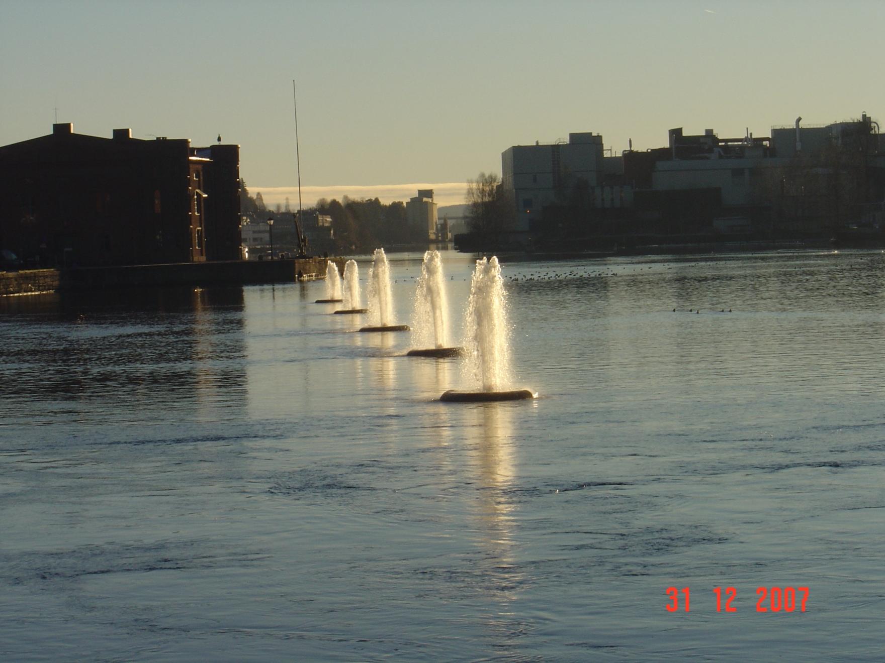 des-2007-195.jpg
